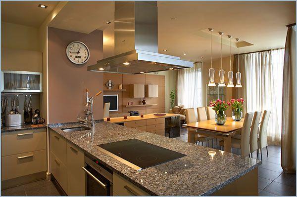 Фото - Особливості дизайну кухні вітальні в приватному будинку