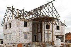 Будинок з пористого бетону