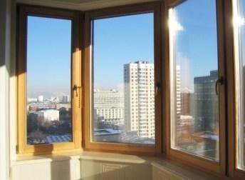 Скління балкона круглої форми