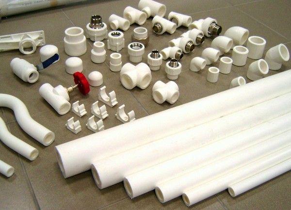 Фото - Пластик в якості водопровідної системи