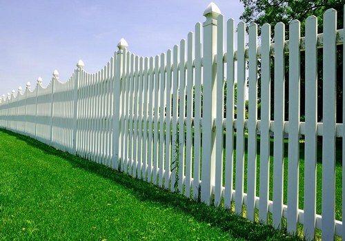 Висота пластикового паркану