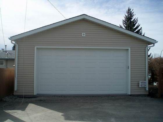 Фото - Підбираємо автоматичні ворота для великих гаражів
