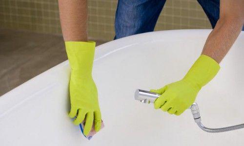 Фото - Детальна інструкція: як зробити ванну білосніжною
