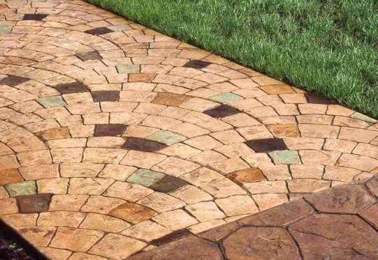 Фото - Фарбування бетонної доріжки