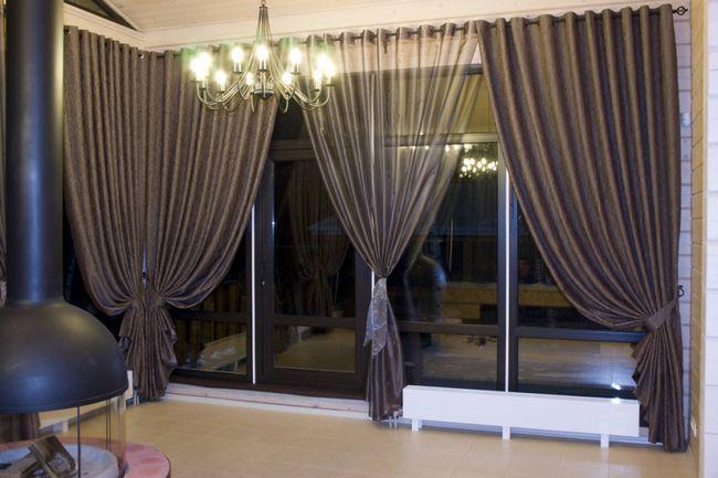 Фото - Популярні варіанти штор для залу