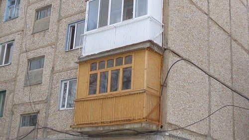 Фото - Правила установки балконних рами