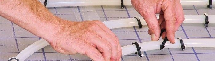 Фото - Правильне кріплення труб при монтажі теплої підлоги