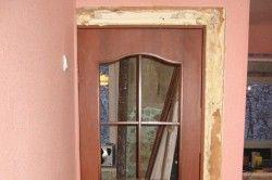 Зменшення отвору деревяним брусом