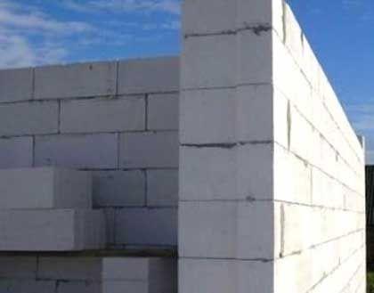 Фото - Застосування піноблоків в будівництві двоповерхового будинку