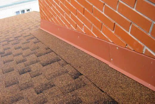 Фото - Примикання даху до парапету