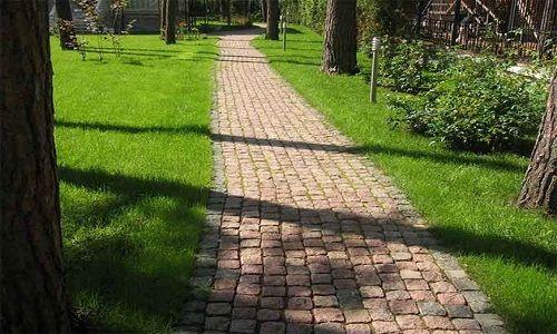 Фото - Принципи і технологія укладання бруківки на бетонну основу