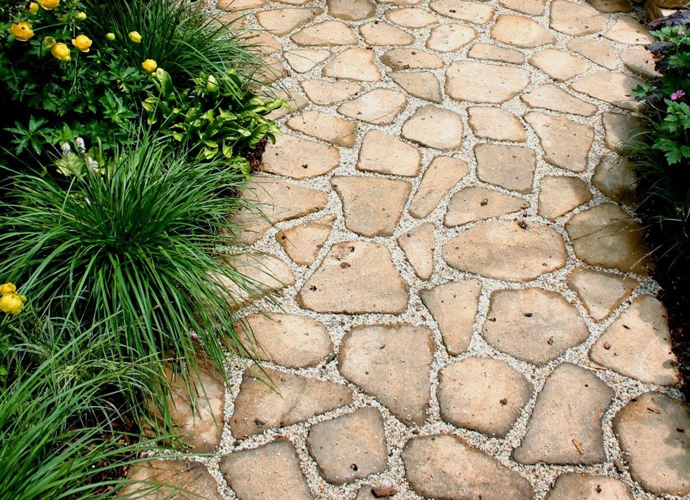 Фото - Прості способи укладання красивих садових доріжок з природних матеріалів