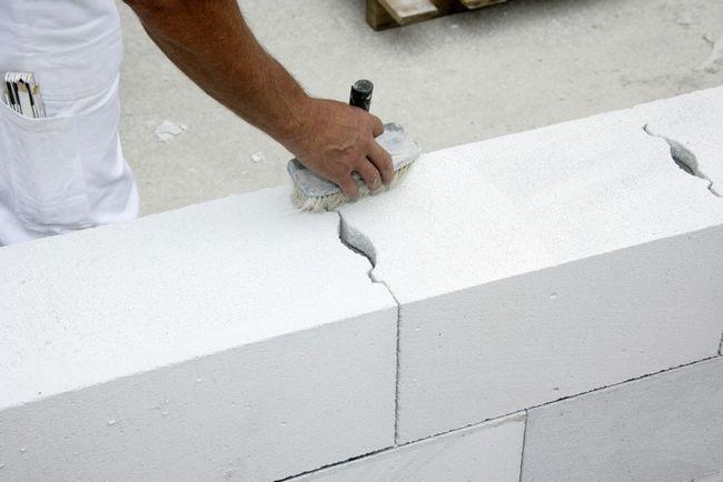 Кладка стін з газосилікату