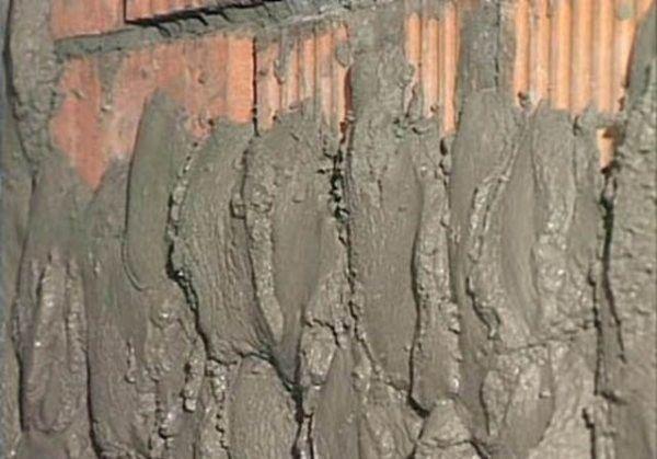 Фото - Розрахунок витрати цементу на штукатурку стін