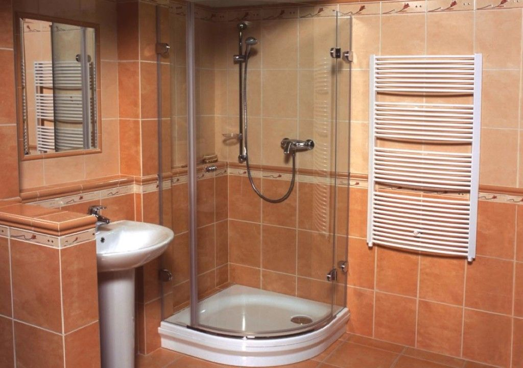 Фото - Розбилося скло в душовій кабіні
