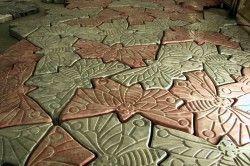 Тротуарна плитка в формі метелика