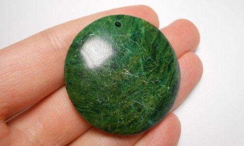 Фото - Різновиди і властивості зеленого нефриту