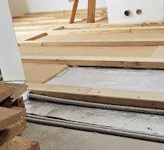 ремонт підлоги на лагах
