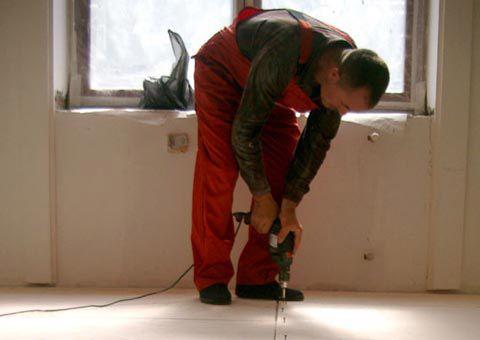 укладка фанери на бетонну підлогу