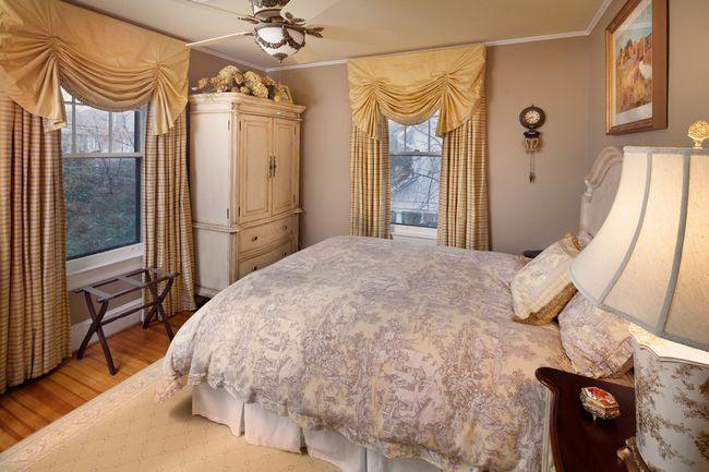Фото - Штори - секрет затишній спальні