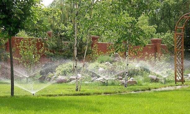Фото - Система автоматичного поливу газону своїми руками