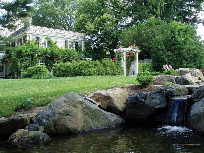 Камінь і вода - зачаровує поєднання