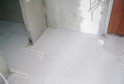 суміші для вирівнювання підлоги