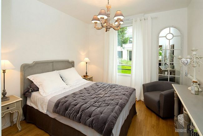 Фото - Сучасна класика - приклади дизайн-проектів спальні