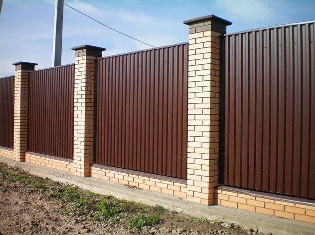Фото - Сучасні паркани для дачі своїми руками і на замовлення