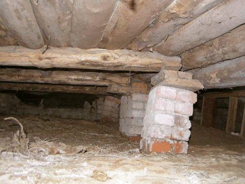 Фото - Способи ремонту фундаменту старого дерев'яного будинку