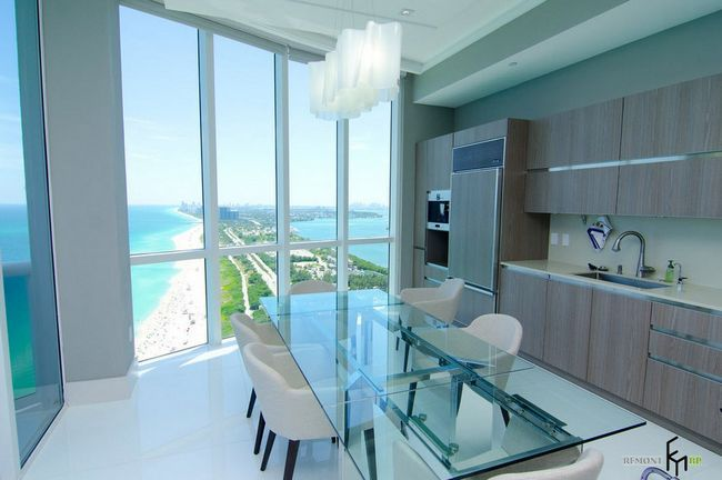 Фото - Скляні столи для стильної кухні