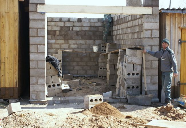 Фото - Стіни для гаража з шлакоблоку