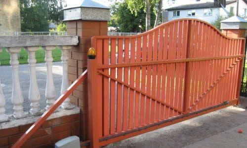 Фото - Будуємо ворота з штакетин