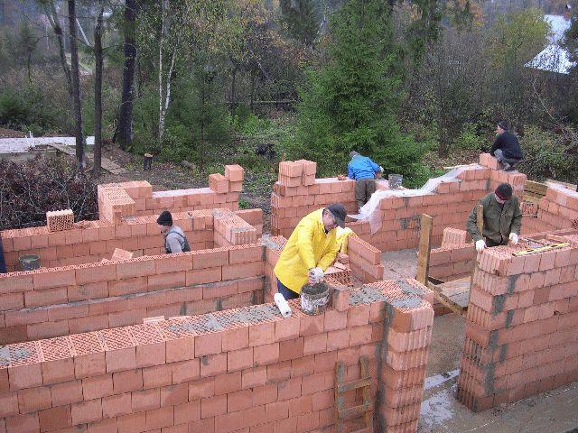 Фото - Будівництво цегляних стін для гаража: витрата матеріалу