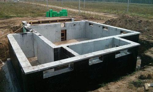 Фото - Будівництво надійного цокольного поверху