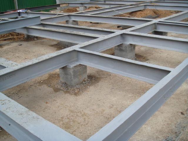 Ростверк зі сталевих двотаврових балок