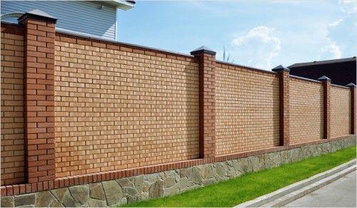 Фото - Будівництво паркану з цегли