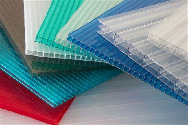Фото - Технологія з'єднання листів стільникового полікарбонату