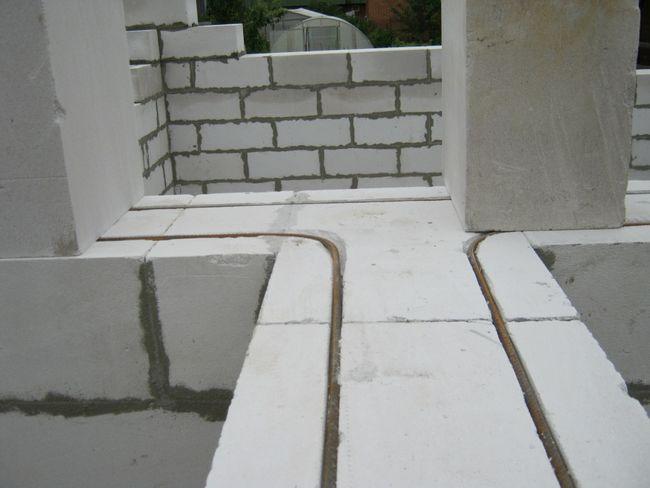 Армування кладки газобетонних блоками