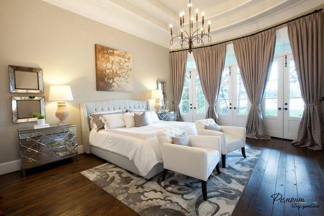Спальня в аристократичному стилі