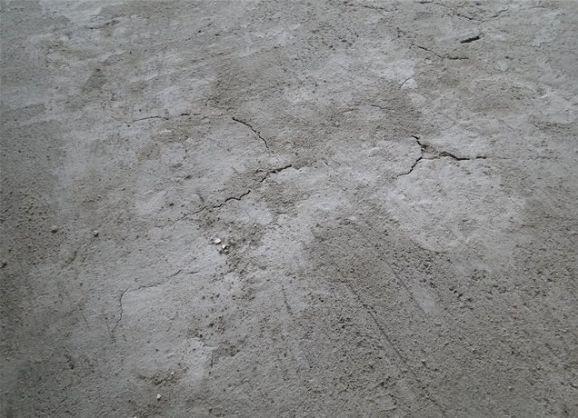 Тріщини в стягуванні підлоги