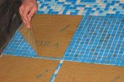 Зняття підкладки з плитки