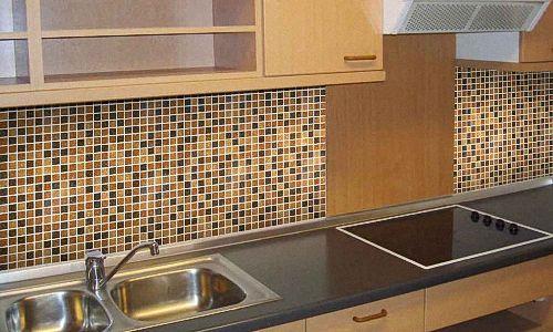 Мозаїчна плитка на кухні