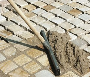Укладання тротуарної плитки
