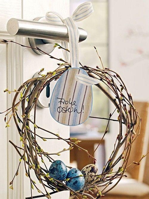 Пасхальні декорації на двері фото