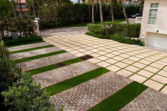 Фото - Послужливий невидимка або використання скла в облаштуванні садових доріжок