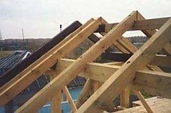 будівництво двосхилим даху