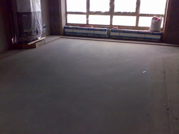 Фото - Налив стяжки підлоги мокрим і сухим методом