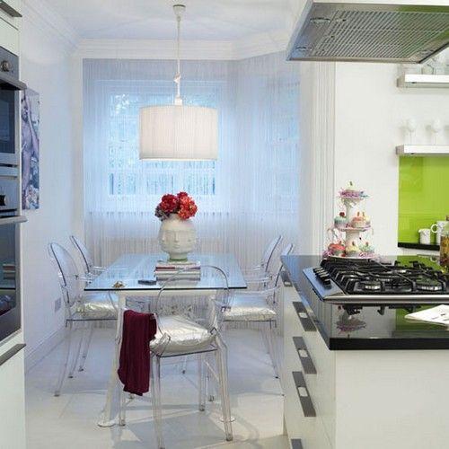 Обідній стіл зі скла для маленької кухні фото