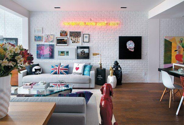 Фото - Варіанти оформлення цегляної стіни в вітальні